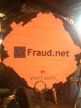 Panel with Fraud.net inscription